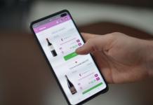 A Eniwine é uma plataforma online que reúne em um mesmo espaço digital diversos serviços para os amantes de vinho. Através da Vitrine, a marca oferece inúmeras opções de vinhos de diversos produtores, importadores e lojistas.