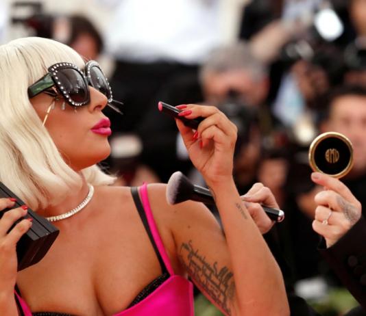 Gaga milionaria